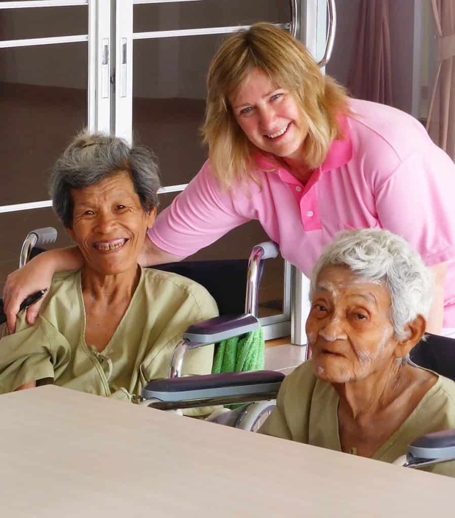 BSV - Wendy Morey with residents in Thailand