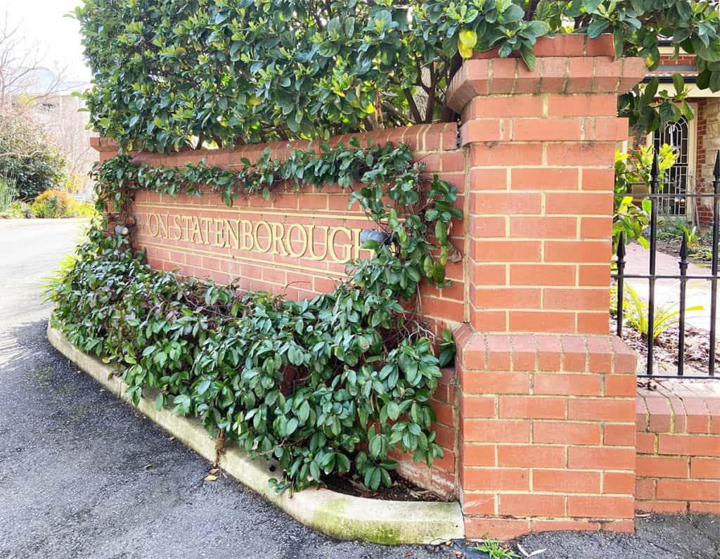 Statenborough Sign